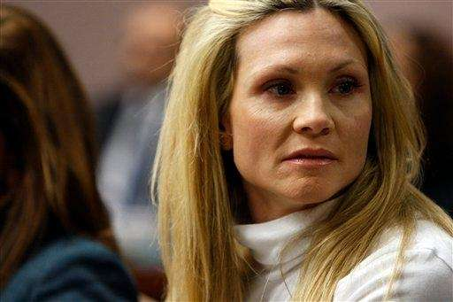 "Former ""Melrose Place"" actress Amy Locane-Bovenizer in court"