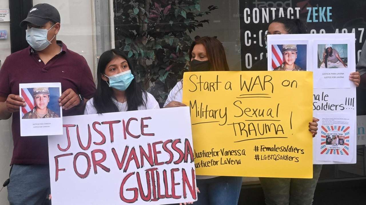 A dozen demonstrators demand an independent investigation into