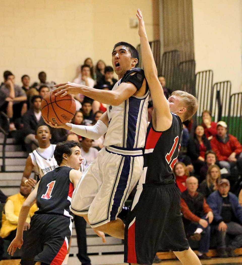 Stony Brook's Marco Masakayan goes for he scoop