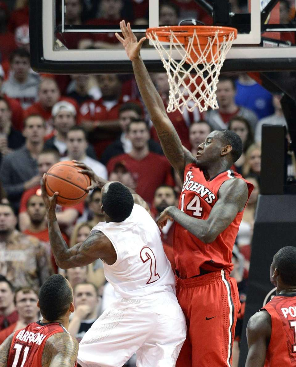 JaKarr Sampson of St. John's attempts to block