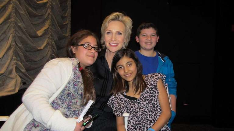Actress Jane Lynch with Kidsday reporters Angelica Granados,