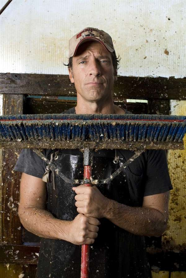 Mike Rowe on location at Meadowbrooke Farms in