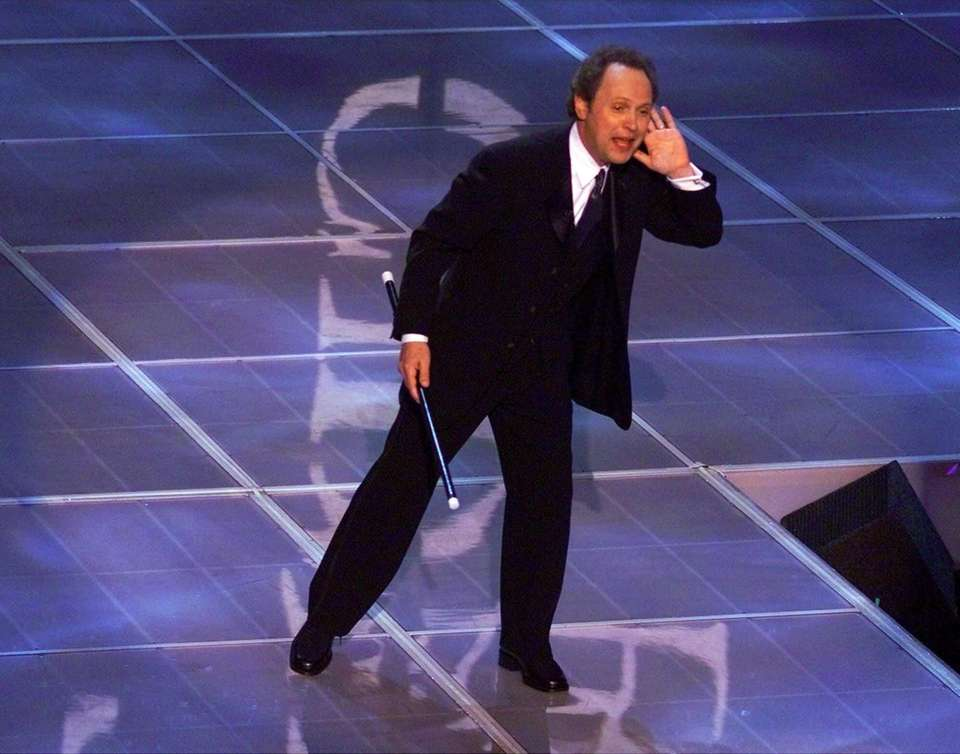 Billy Crystal hosted the 72nd Academy Awards in