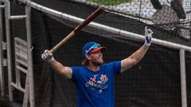 Mets player Jeff McNeil during a baseball workout