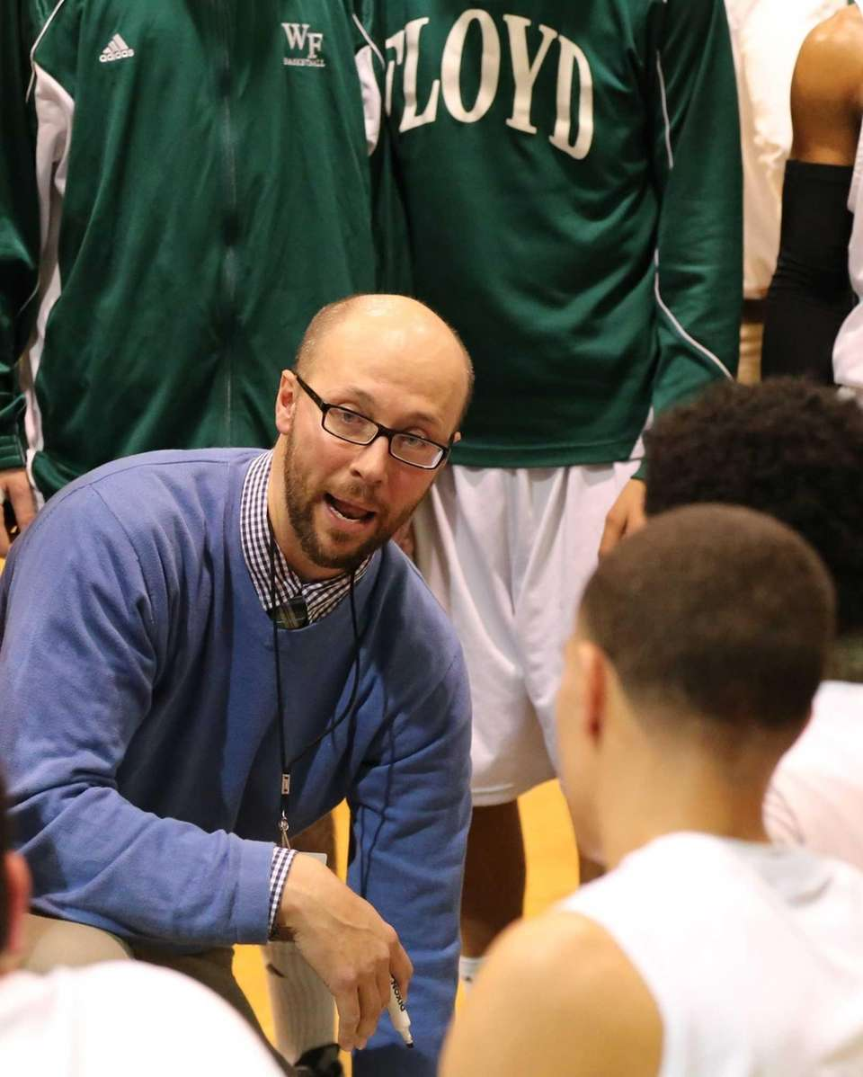 Floyd coach Rob Hodgson directs his team against