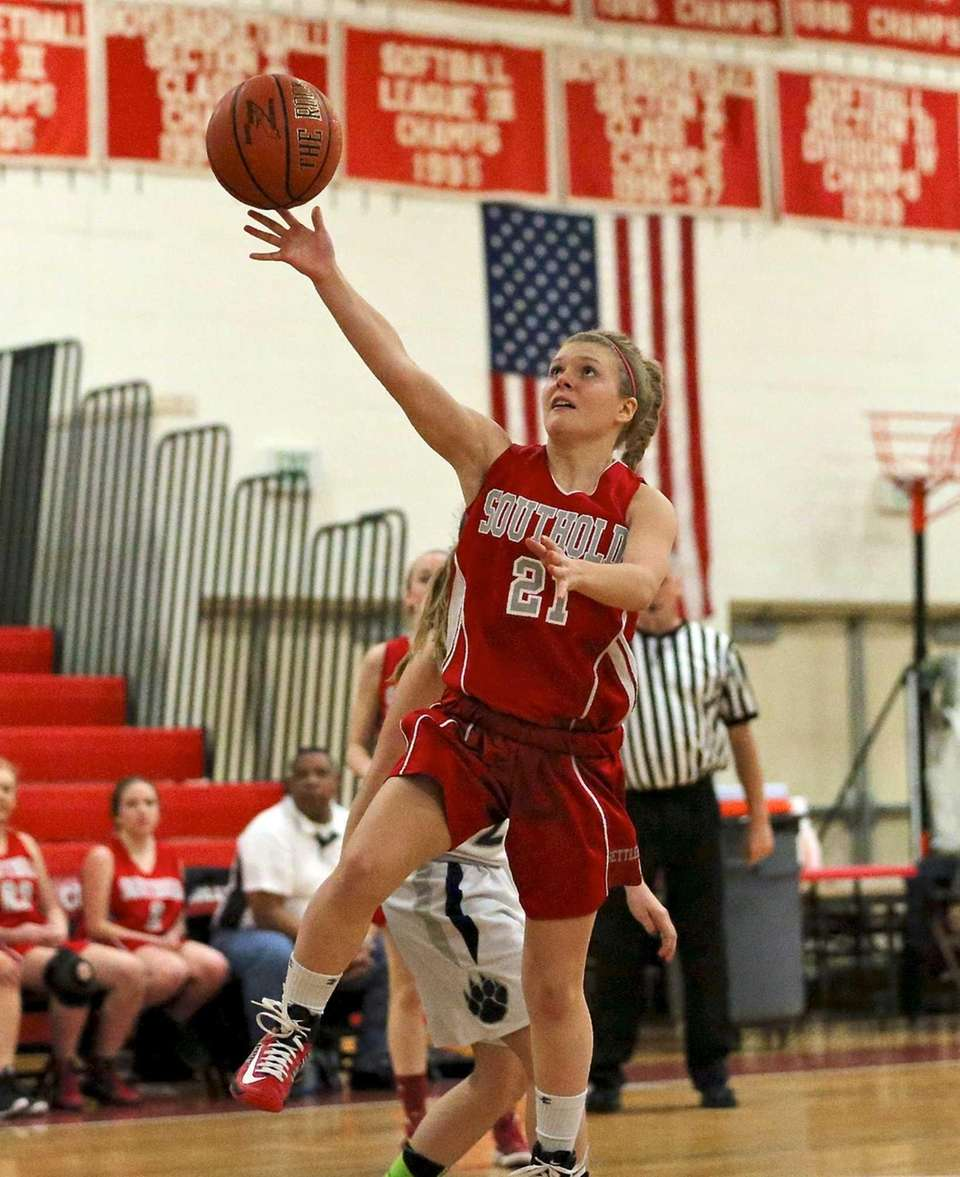 Southold's Justina Babcock puts up the layup against