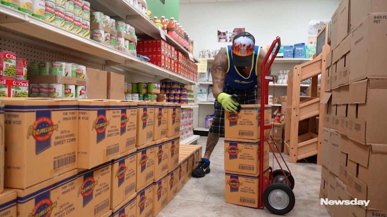 Long Island's two largest food banks, Island Harvest