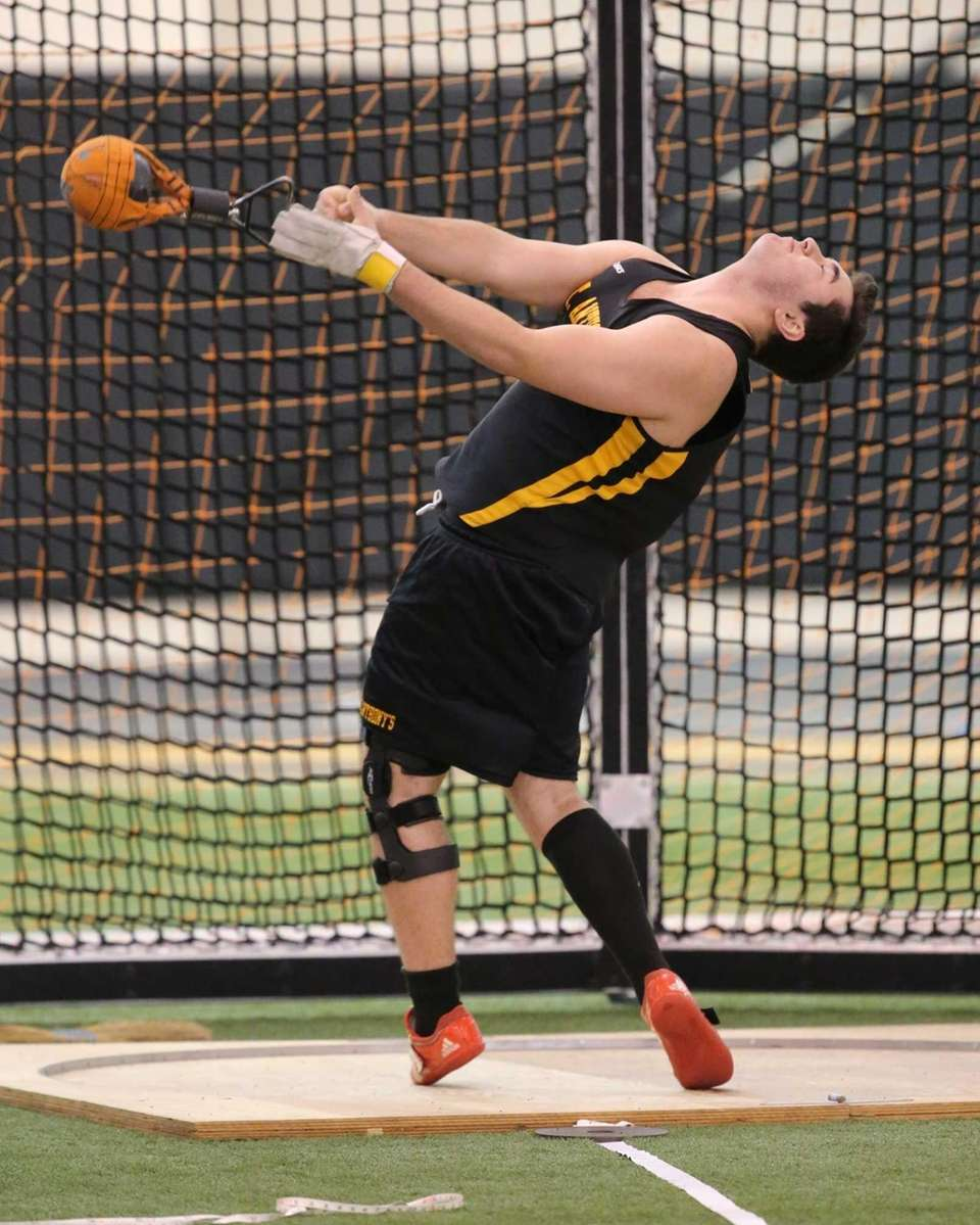 St. Anthony's Joe Segreto competes in the weight