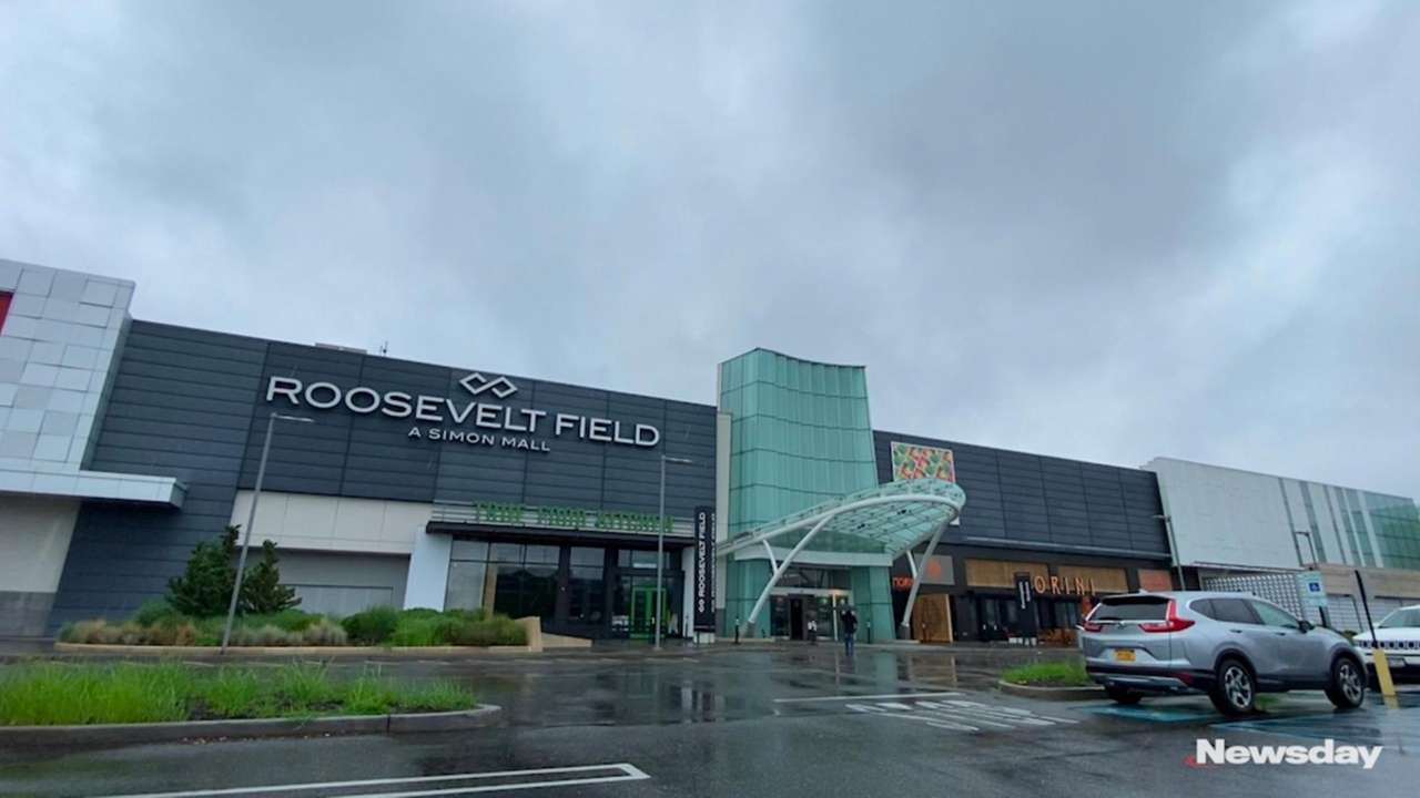 Roosevelt Field opened its doors for the first