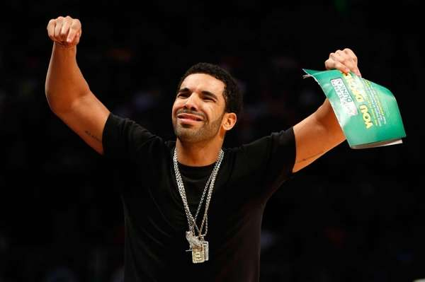 Rapper Drake reacts during the Sprite Slam Dunk