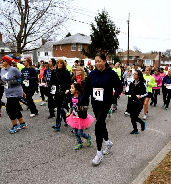 Girls on the Run race in the Hot