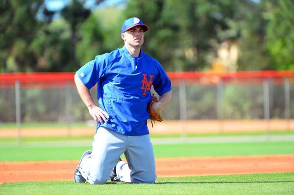 Mets third baseman David Wright gets ready to
