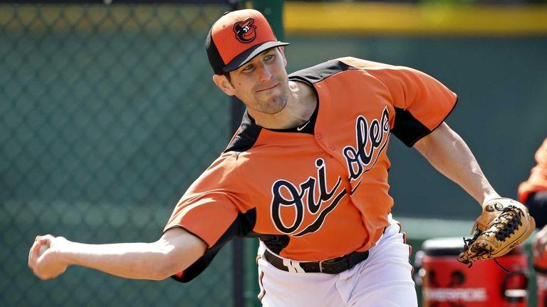 Baltimore Orioles relief pitcher Darren O'Day throws a