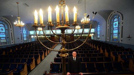 Rabbi David Bauman of Temple Israel of Long