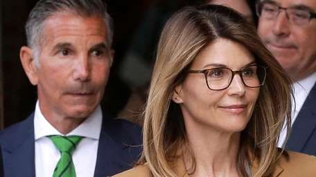 Mossimo Giannulli and Lori Loughlin reportedly have sold