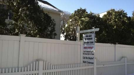 An unusual real estate sign for an eight-room