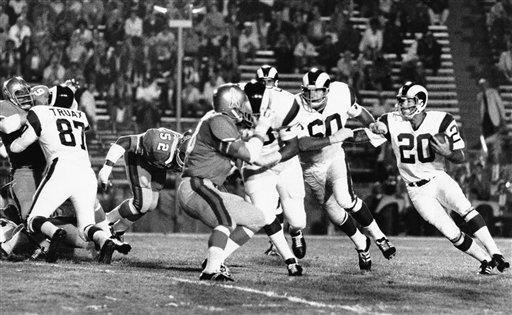 1961: TOMMY MASON, RB, Minnesota Vikings (NFL) Mason