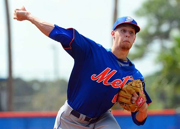 Mets pitcher Zack Wheeler throws a pitch during