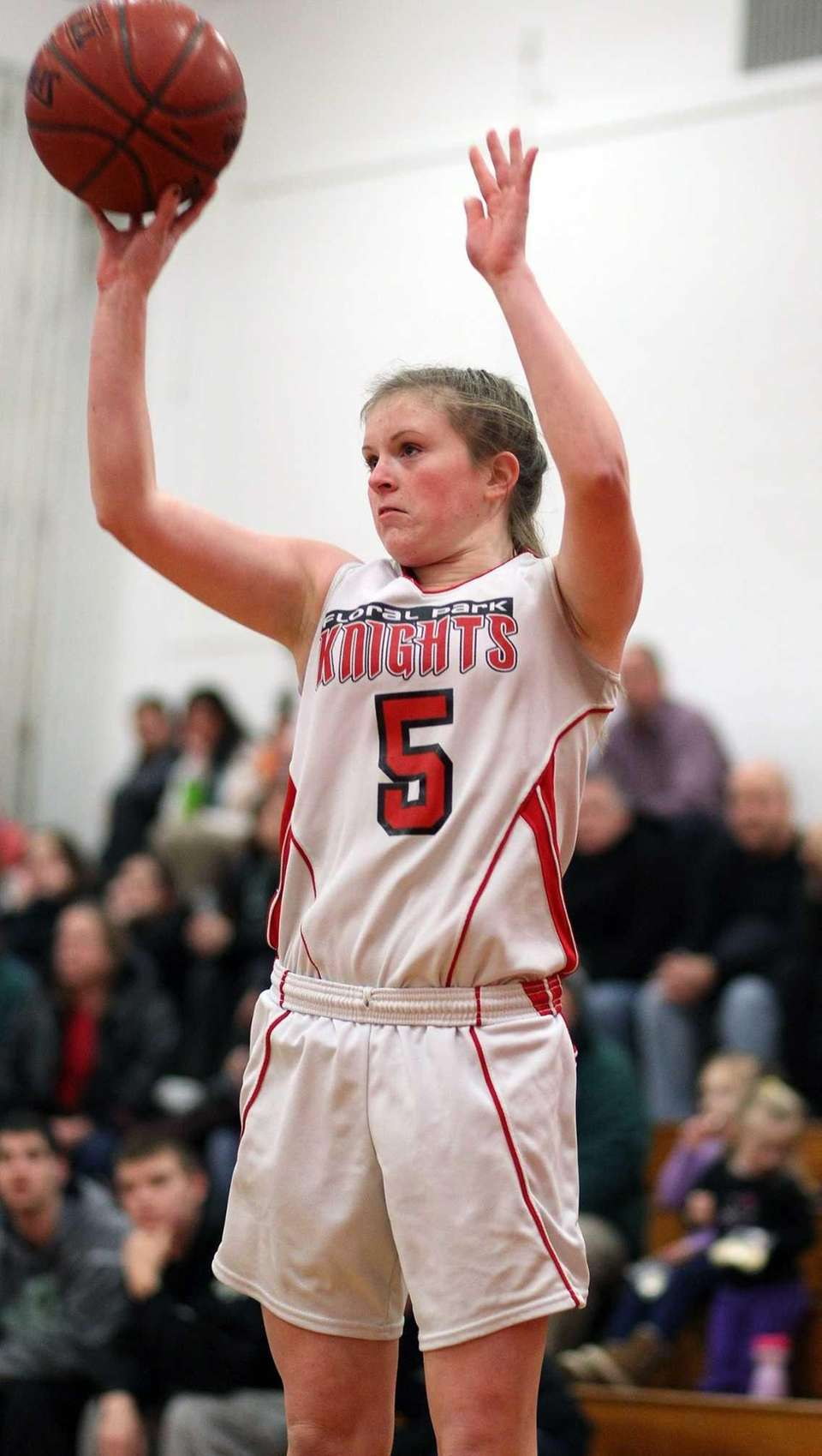 Floral Park's Valerie Fox shoots from outside. (Feb.