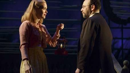 Sarah Paulson and Danny Burstein in the Roundabout