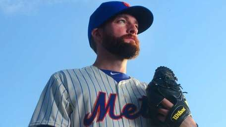 Mets' Bobby Parnell is photographed during photo day
