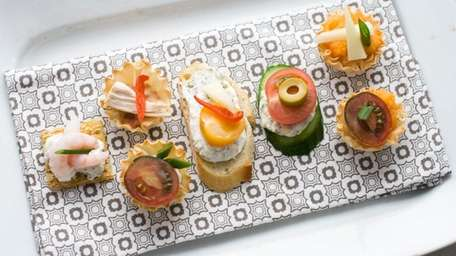 Using a building-block approach to Oscar party canapes,