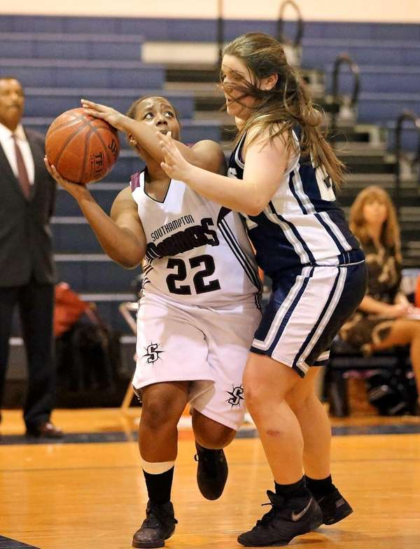 Southampton's Rashelle Baker looks to shoot as Stony