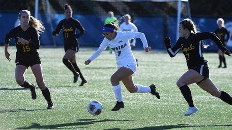Hofstra's Sabrina Bryan controls the ball during a