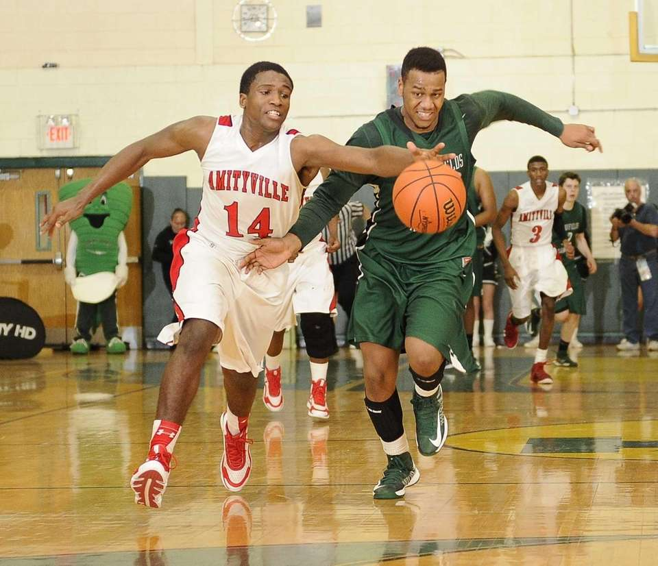 Amityville's Kavione Green, left, and Harborfields' Jon Patron