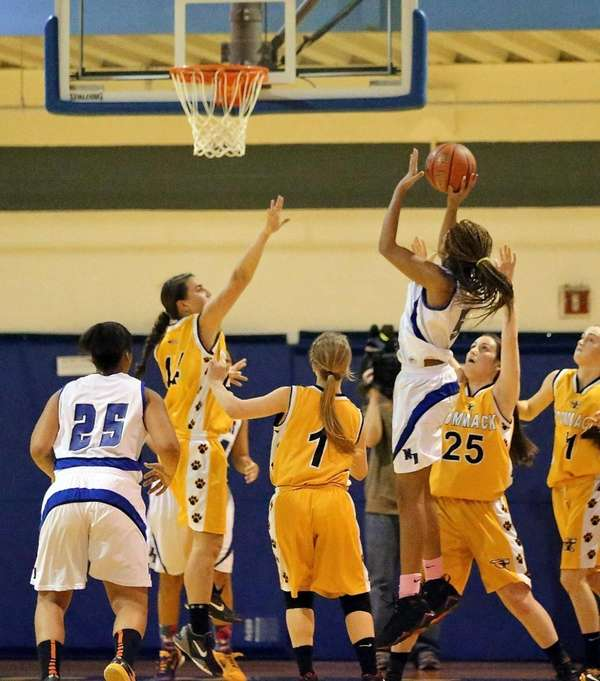 North Babylon's Makeda Nicholas ties the game at