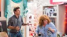 Jason Bateman, left, and Melissa McCarthy in a