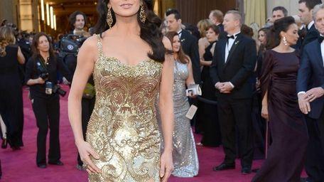Catherine Zeta-Jones arrive at the Oscars held at