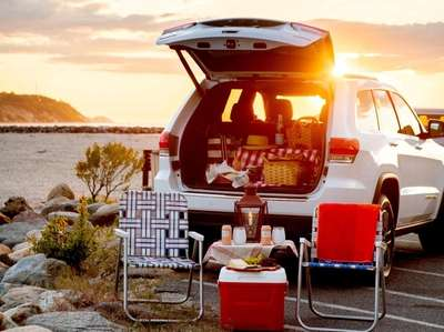 Simplicity is the key to a sunset tailgate
