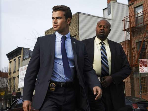 Walter Clark Jr. (Theo James, left) is mentored