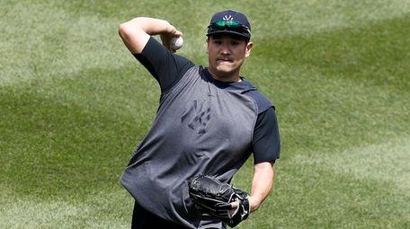 Masahiro Tanaka of the New York Yankees throws