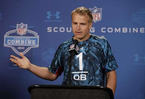Southern California quarterback Matt Barkley answers a question