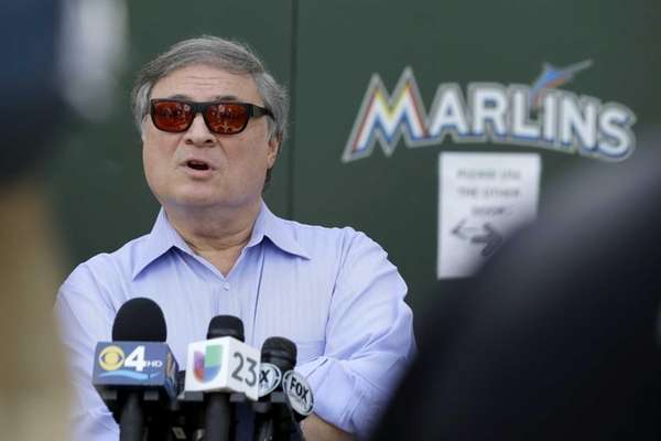 Miami Marlins owner Jeffrey Loria talks during a