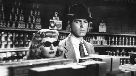 Barbara Stanwyck and Fred MacMurray have murder on