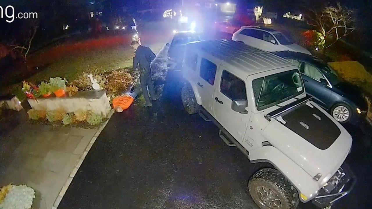 A federal lawsuitfiledThursday againsta Suffolk County police officer