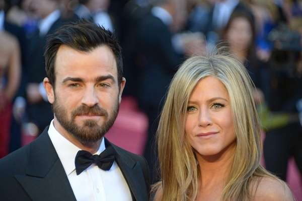 Jennifer Aniston and Justin Theroux on the red