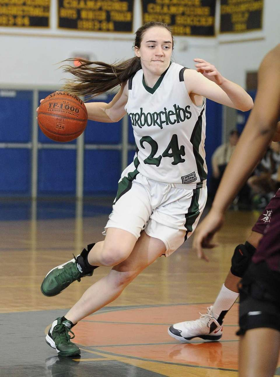 Harborfields' Bridgit Ryan drives the ball against Southampton