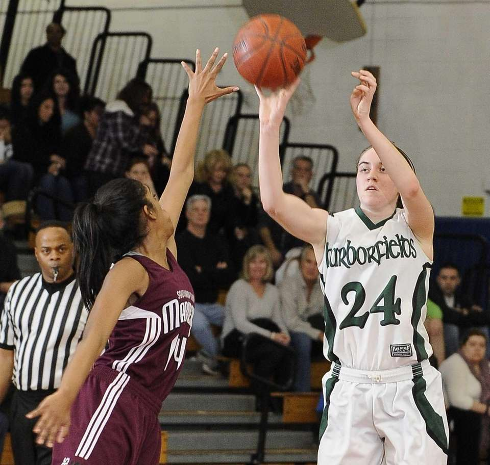 Harborfields' Bridgit Ryan shoots and scores against Southampton