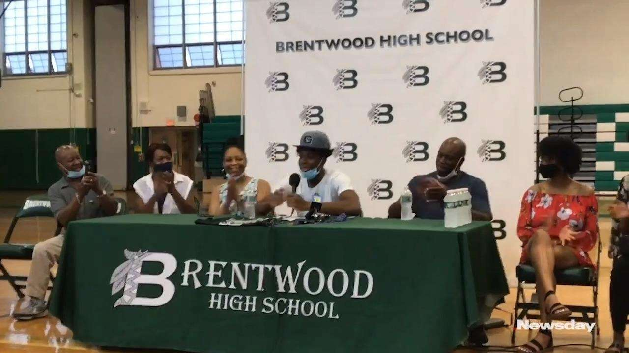 Brentwoodsenior guard Jordan Riley commits to play college