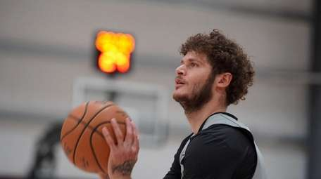 "Nets guard Tyler Johnson considers himself a ""two-way"