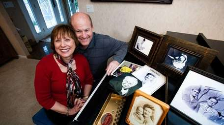 Allen Schwartz retired and restores family photos for