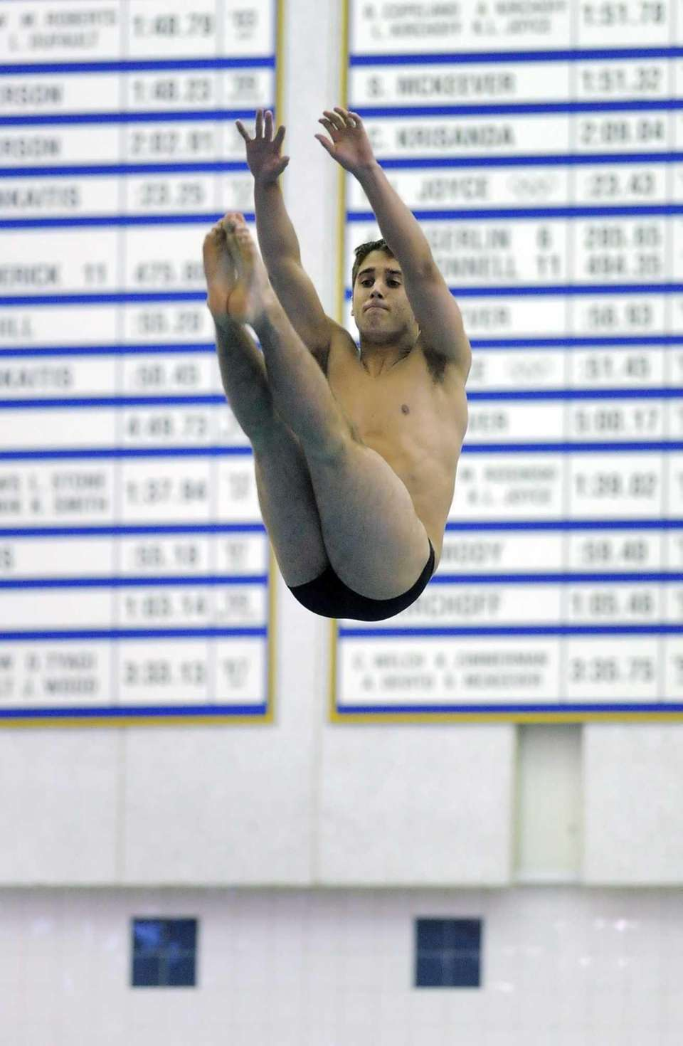 St. Anthony's Noel Theroux performs his second dive.