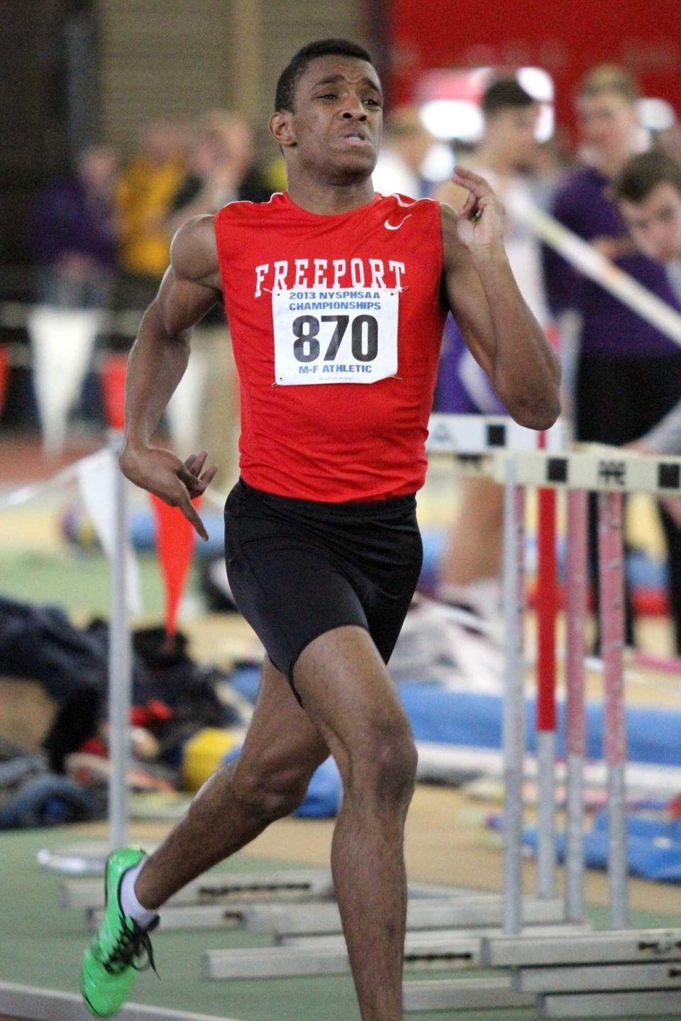 Freeport's Jonathan Greenwood looks to the finish line