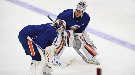 Islanders goalies Thomas Greiss and Semyon Varlamov talk