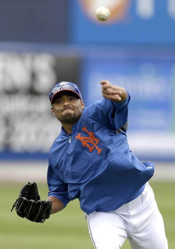 Johan Santana throws before the Mets' spring training