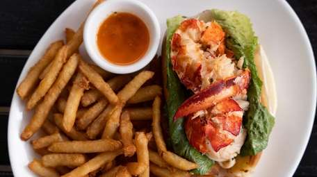 The lobster roll at Amici in Mt Sinai.